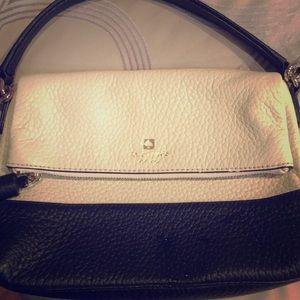 Kate Spade black n white purse!!